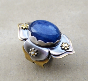 Lotus Flower Ring Kyanite by Silvia Peluso