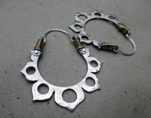 Lotus Hoops white brass