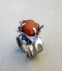 Spessartine Flower Ring by Silvia Peluso