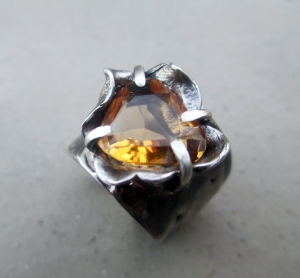 Citrine Flower Ring by Silvia Peluso