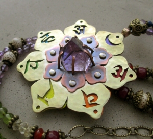 7 Chakra Necklace with Amethyst by Silvia Peluso