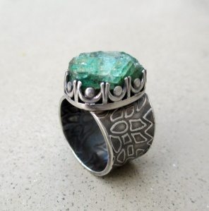 Emerald Ring by Silvia Peluso