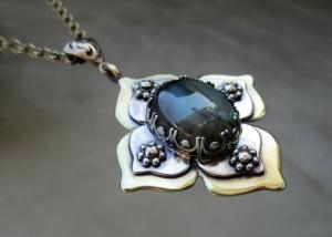 Labradorite Lotus Pendant by Silvia Peluso