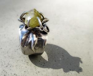 Rhodizite Flower Ring by Silvia Peluso