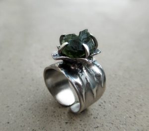 Flower Ring Moldavite by Silvia Peluso